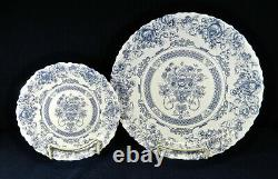 16-piece (set For Four+) Of Arcopal, France Honorine Pattern Dinnerware