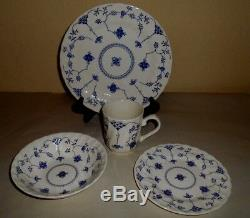 16pc CHURCHILL Blue & White Finlandia Dinnerware Swirls Plate Bowl Cup England