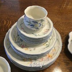 35 Pieces Villeroy & Boch Riviera Dinnerware 6 Full Sets