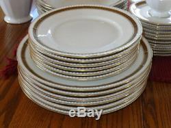 45 Pc Fine Hutschenreuther Selb China Dinnerware White Cobalt Gold Leaf