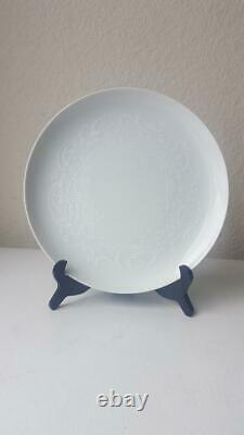 48 Pc Noritake Barbados 6926 Younger Image China, White on White Dinnerware Set