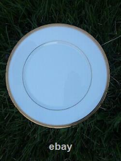 62 pcs. Oxford Bennington Lenox Bone China White Gold USA 12 setting teapot