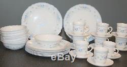 ARCOPAL France Romantique Dinnerware Set / 16 Serves 4 White Milk Glass