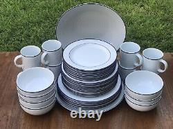 Crate & Barrel Roulette Dinnerware Set 38Pc White/Blue Spal Porcelain Portugal +