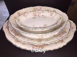 Federal Shape Syracuse China Dinnerware Set 57 pieces. Beautiful Floral design
