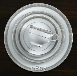 Mikasa 5224199 Platinum Crown 38 Piece Dinnerware Set, New Open Box