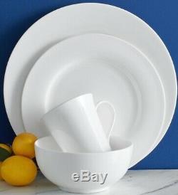 Mikasa Delray 40-piece Classic White Bone China Dinnerware Set Service for 8
