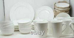 Mikasa Swirl 40-piece Bone China Dinnerware Set