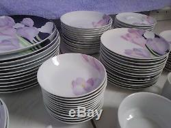 Mikasa Vogue Fine Porcelain Dinnerware Set 90 Piece Service for 12