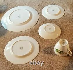 Minton Bone China 30 piece MEADOW Dinnerware set