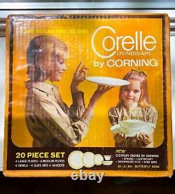 NEW IN BOX vintage Corelle Butterfly Gold 20-piece Dinnerware Set