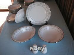 Noritake Colburn Pattern Estate Dinnerware Set for 12 with Extras
