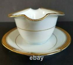 Noritake Fine China Made In Japan 5480 28-Piece Set Dinnerware Goldridge Trim