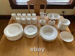 Pfaltzgraff Filigree White 50 Piece Dinnerware Set Gently Used Local Pickup