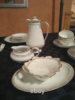 Pristine Vintage Dinner set for 10 THEODORE HAVILAND Design SIMPLE BUT ELEGANT