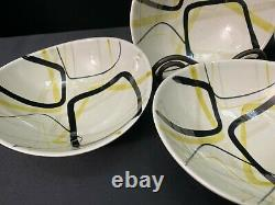 Red Wing SMART SET Hand Painted Set of 4 Salad Bowls 6 1/4 x 6 3/4