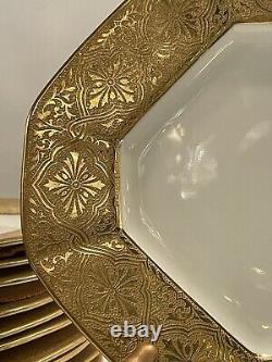 Set of 12 Vintage Gilt Porcelain Cauldon Octagonal 9 Dessert Plates