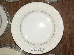 VINTAGE Brentwood Fine China Dinnerware WHITE LACE 60-Piece Set JAPAN