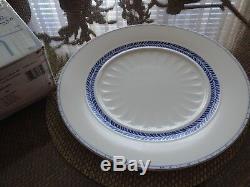 Villeroy & Boch Farmhouse Touch Blue Flowers dinnerware set