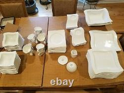 Villeroy & Boch New Wave multiple piece dinnerware set