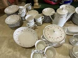 Vintage Abingdon Fine Porcelain China Dinnerware 137 Piece Set Made in Japan