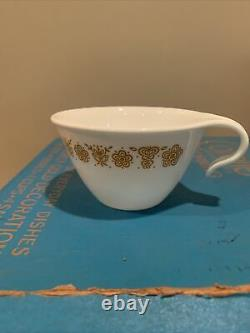 Vintage Corelle BUTTERFLY GOLD 16pc Dinnerware Set, Orig Factory Box Hook Cups