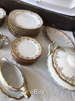 Vintage Weimar Katharina 14051 86-Piece Dinnerware Set for 12 with Serving Pieces