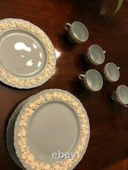 Wedgwood & Barlaston of Etruria Embossed Queens Ware White on Blue 8 dinner plat