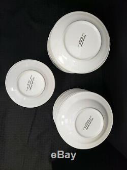 Williams Sonoma Everyday dinnerware White Large Set